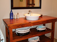 Holiday residence: en suite Bathroom
