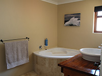Holiday residence: Bathroom